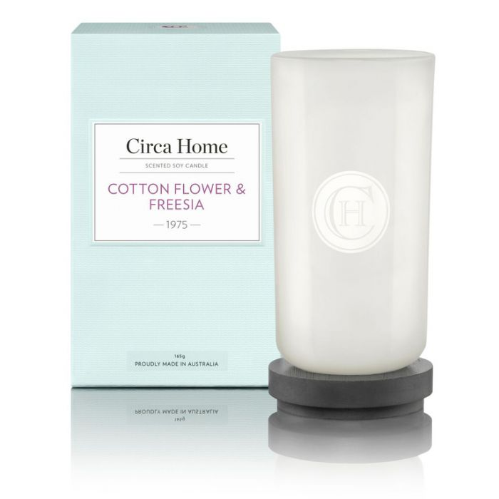 Circa Home  1975 Cotton Flower & Freesia Perfect Spaces Candle 165g color No 9338817002452