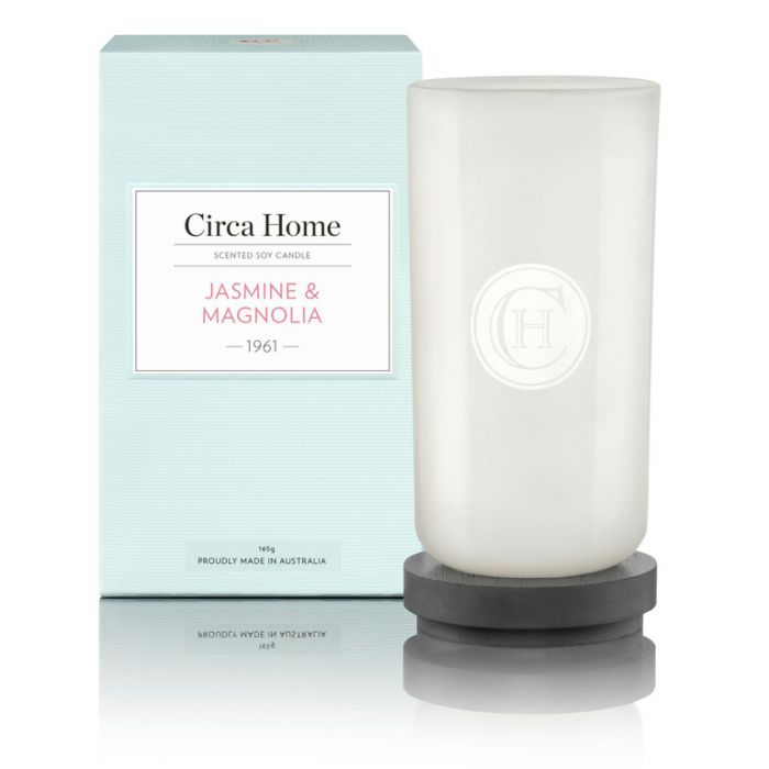 Circa Home 1961 Jasmine & Magnolia Perfect Spaces Candle 165g color No 9338817005255