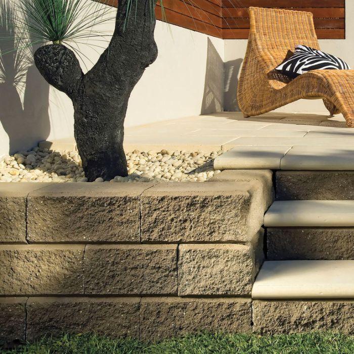 Arrinastone Retaining Wall Blocks  ] 138939 - Flower Power