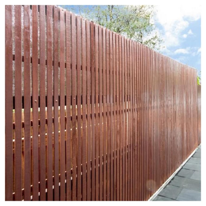 Hardwood Screen with 90mm Vertical Battons  ] 173992 - Flower Power