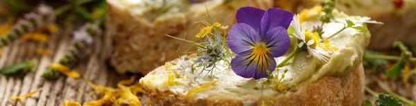 11 edible flowers