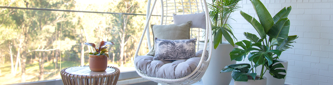 Small space styling: Create an oasis with balcony furniture